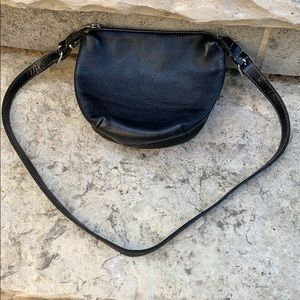 ROOTS Crossbody Pebbled Leather Black Purse